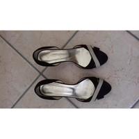 Chaussures Femme Escarpins 123 SANDALES A TALONS POINTURE 39, NOIR ET BEIGE Multicolore