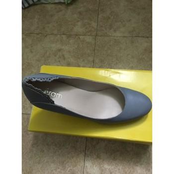 Chaussures Femme Escarpins éram Escarpins ajourés Bleu