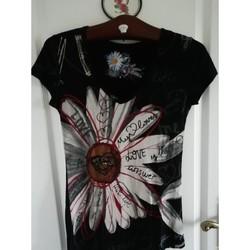 Vêtements Femme T-shirts manches courtes Desigual T- shirts Desigual confortable et très léger Noir