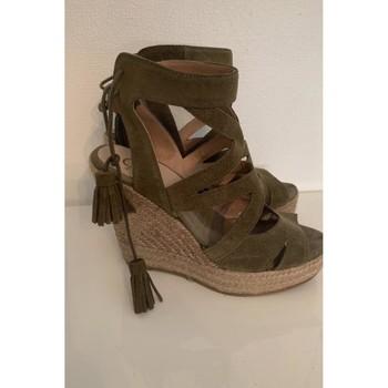 Chaussures Femme Escarpins Autre Escarpins kakis daims Kaki