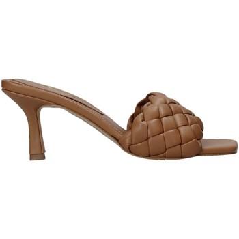 Chaussures Femme Mules Grace Shoes 395R015 Marron