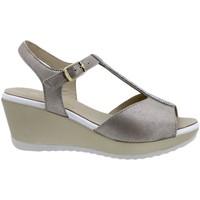 Chaussures Femme Sandales et Nu-pieds Piesanto 200350 Marrón