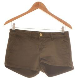Vêtements Femme Shorts / Bermudas Stradivarius Short  38 - T2 - M Vert