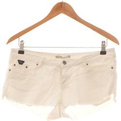 Vêtements Femme Shorts / Bermudas Pull And Bear Short  36 - T1 - S Blanc