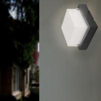 Maison & Déco Appliques Silumen Applique Murale Noire Cube LED Noir