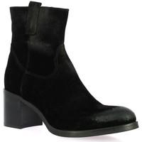 Chaussures Femme Boots Spaziozero Boots cuir velours Noir
