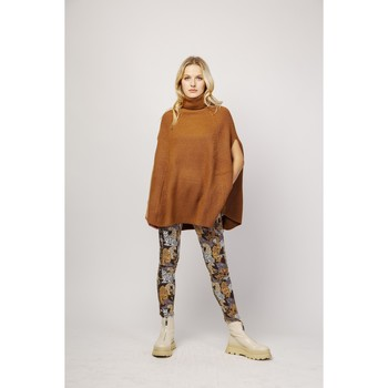 Vêtements Pantalons fluides / Sarouels Toxik3 Pantalon cargo imprimé animal - Assa Camel