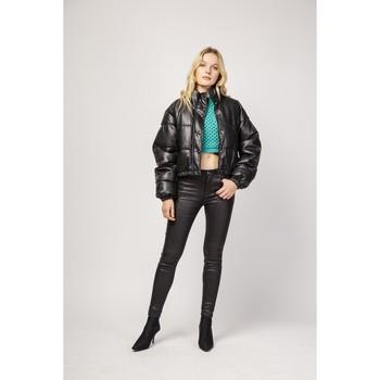 Vêtements Femme Chinos / Carrots Toxik3 Pantalon enduit imprimé serpent - Cess Noir