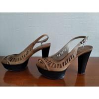 Chaussures Femme Sandales et Nu-pieds Fabi Sandales tout cuir talon 10 cm Marron