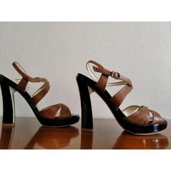 Chaussures Femme Tout accepter et fermer Paco Gil Sandales tout cuir talon 10 cm Marron