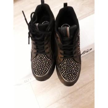 Chaussures Femme Baskets basses Pierre Cardin Bascket  compensées Noir