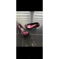Chaussures Femme Escarpins Menbur Peep toes en dentelle rose Rose