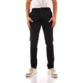 Vêtements Homme Pantalons cargo Trussardi 52P00000 1Y000191 NOIR