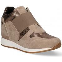 Chaussures Femme Slip ons Etika 56142 Marron