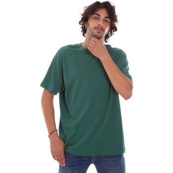 Vêtements Homme T-shirts manches courtes Invicta 4451244/U Vert