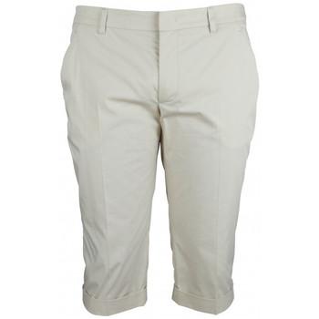 Vêtements Femme Shorts / Bermudas Prada Short Beige