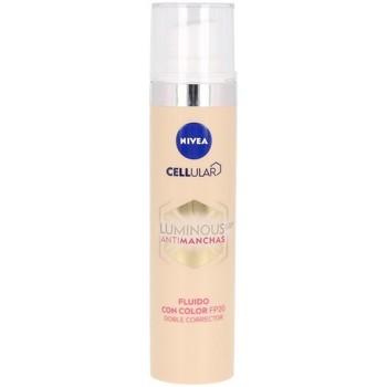 Beauté Maquillage BB & CC crèmes Nivea Luminous 630º Antimanchas Fluido Con Color Spf20