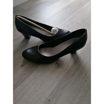 Chaussures Femme Escarpins Chaussea Escarpins petits talons Noir