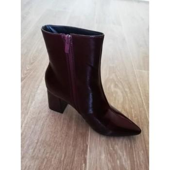 Chaussures Femme Bottines Collection Irl Bottines bordeaux vernies Bordeaux