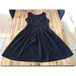 Vêtements Femme Robes courtes Sans marque Robe patineuse Noir