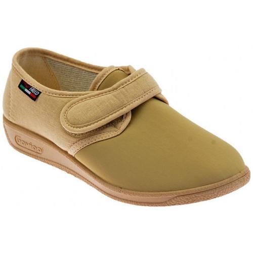 Chaussures Femme Chaussons Gaviga Morbidone Velcro Elastic. Pantoufles Beige
