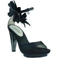 Chaussures Femme Sandales et Nu-pieds Café Noir Café Noir sandales à talons robe. NOIR