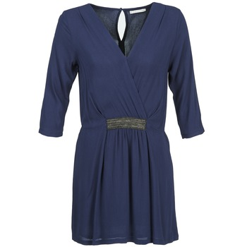 Robes courtes Betty London DUSTY