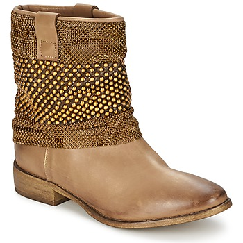 Strategia Marque Boots  Maillett