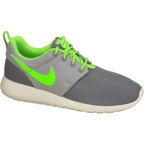 Chaussures Garçon Baskets basses Nike Roshe One Gs 599728-025 Green,Grey,White
