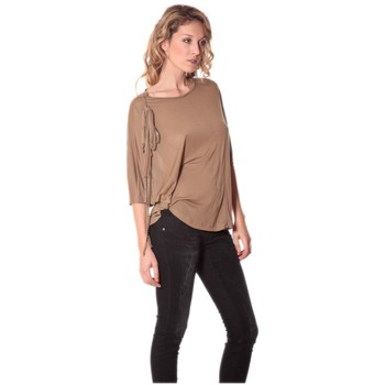 Vêtements Femme T-shirts manches longues Rich & Royal Tee-shirt Plumes 13q555 Camel Marron