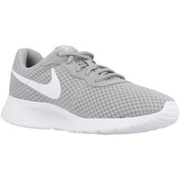 Chaussures Homme Baskets basses Nike TANJUN Gris
