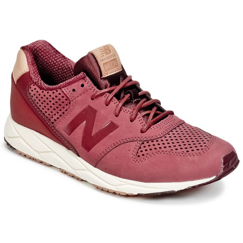 Baskets mode New Balance WRT96 Rouge 350x350
