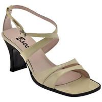 Chaussures Femme Sandales et Nu-pieds Bocci 1926 T.70 bandes Sandales