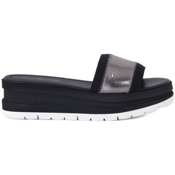 Chaussures Femme Mules Tommy Hilfiger MOMO     56,9
