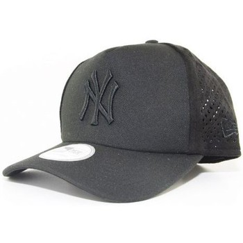 Casquettes New Era Casquette Trucker New Era NY Yankees Mono Perf Noir