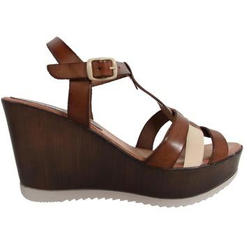 Chaussures Femme Sandales et Nu-pieds Cumbia 30124 R1 Marrón