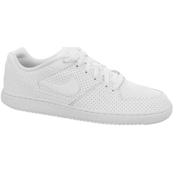 Baskets basses Nike Priority Low