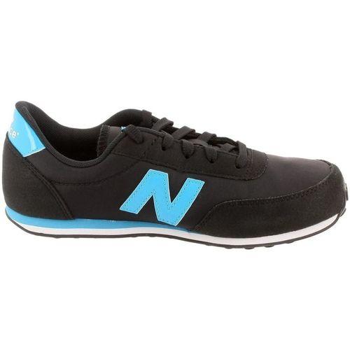 Chaussures Femme Baskets basses New Balance 282740 noir
