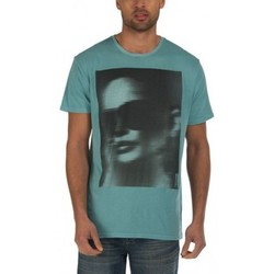 Vêtements Homme T-shirts manches courtes Bench T-shirt  Reg Sk027 Light Teal Vert