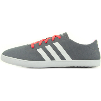 Chaussures Femme Baskets basses adidas Originals Qt Vulc VS W gris