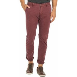 Vêtements Homme Chinos / Carrots Dockers - pantalon BORDEAUX