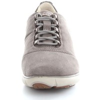 Chaussures Femme Baskets basses Geox D641EE0022 Basket Femme Taupe Taupe