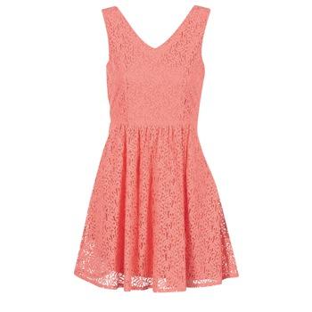 Vêtements Femme Robes courtes Vero Moda SASHA Rose