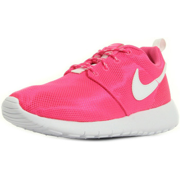 Chaussures Femme Baskets mode Nike Roshe One rose