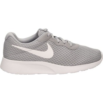 Chaussures Homme Running / trail Nike TANJUN Gris