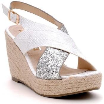 Chaussures Femme Sandales et Nu-pieds Xti 30192 Argent