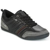 Chaussures Homme Baskets basses Umbro DATEL Noir