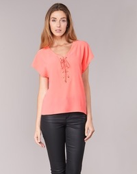 Vêtements Femme Tops / Blouses Betty London GREM Corail