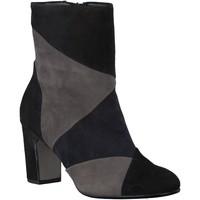 Chaussures Femme Bottines Gabor Bottines velours Noir