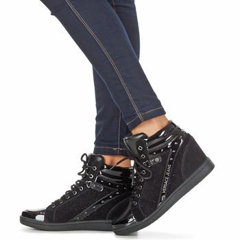 versace jeans gerfi noir livraison gratuite avec chaussures basket montante. Black Bedroom Furniture Sets. Home Design Ideas